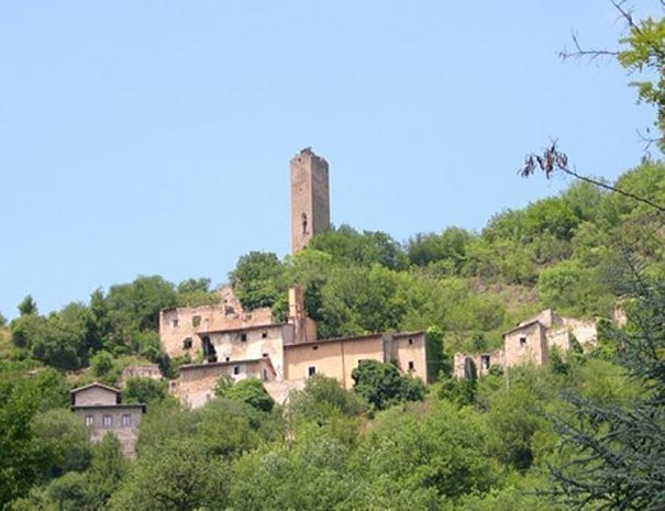 Il borgo abbandonato di Biselli