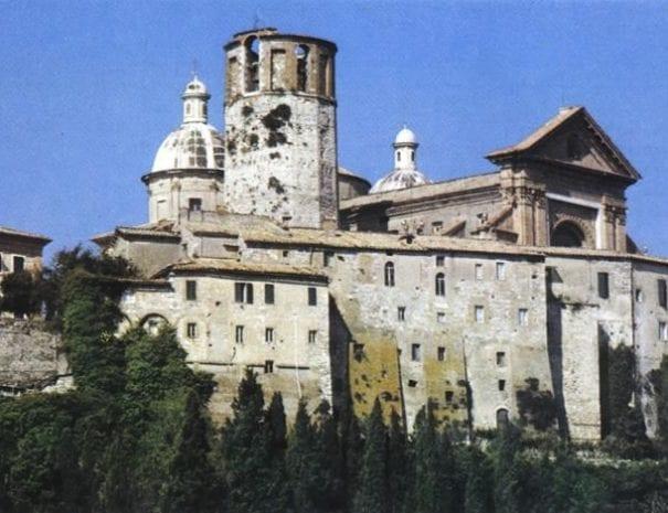 La torre dodecagonale